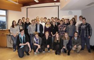 Gruppenbild der anwesenden neuen MINToringSi-Teilnehmerinnen und Teilnehmer.