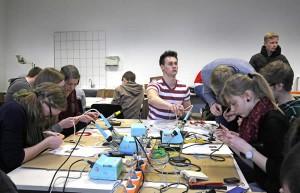 Einen breiten Raum nahm im Workshop auch das Löten ein.