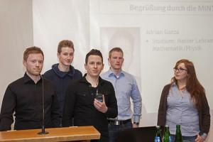 Gruppenbild der MINToren, der studentische Betreuer des neuen MINToringSi-Jahrgangs. Von links Jan Weber, Philipp Vogelsang, Adrian Gatza,  Daniel Hermann und Anna Rauschert. Es fehlt Simone Schütten auf dem Foto.